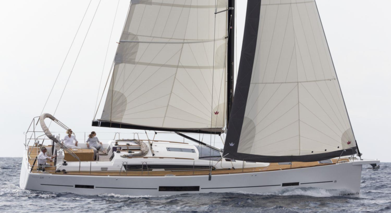 Dufour 520 Grand Large – 2019