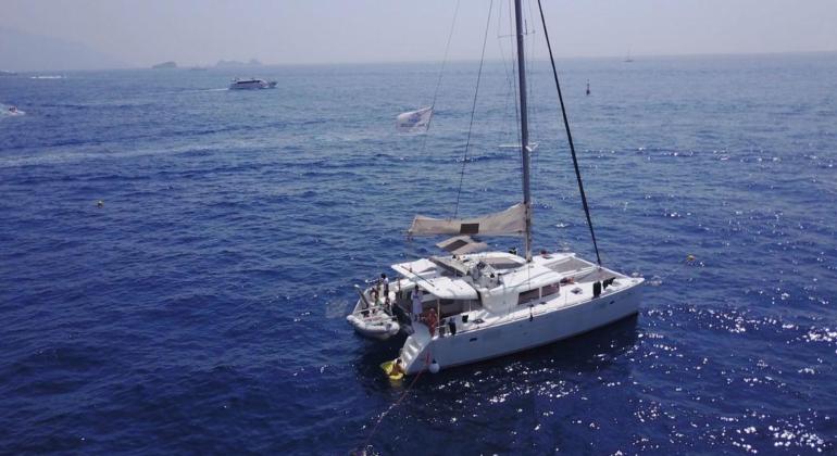 Catamarno Lagoon 450