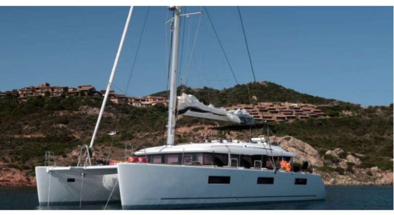 Catamarano Lagoon 620
