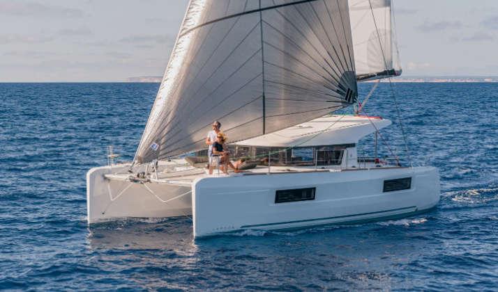Catamarano Lagoon 40 – 2020 – Tropea